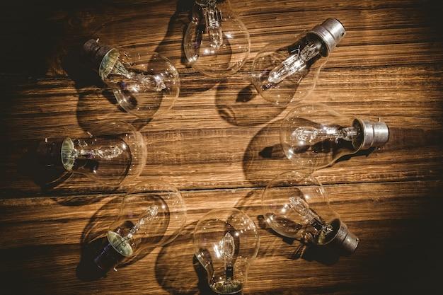 Ampoules formant cadre