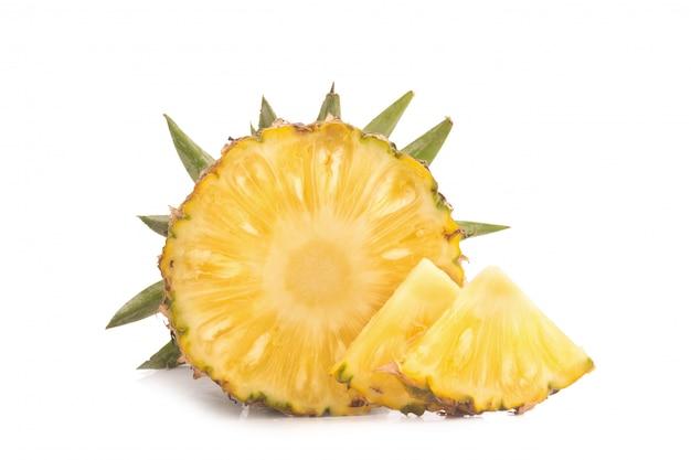 Ananas isolé pas de fond blanc