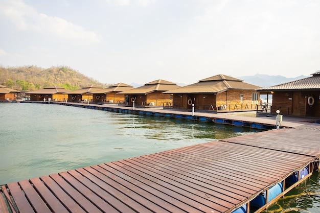Ananta river hills resort est un endroit célèbre pour les vacances en famille