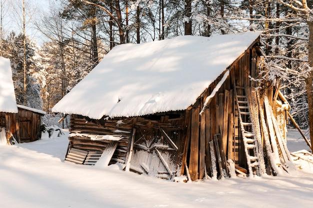 Ancien bâtiment en bois
