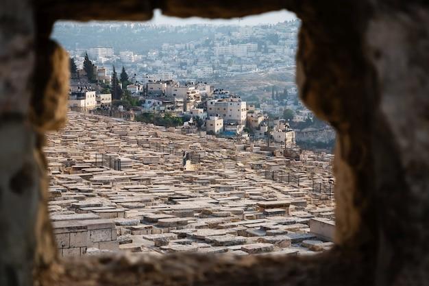 Ancien cimetière juif sur le mont des oliviers à jérusalem, israël