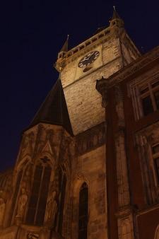 Ancien hôtel de ville de prague la nuit, photo de voyage