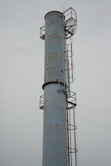 Ancien réservoir d'eau, stations d'épuration de l'usine de traitement des eaux en thaïlande.