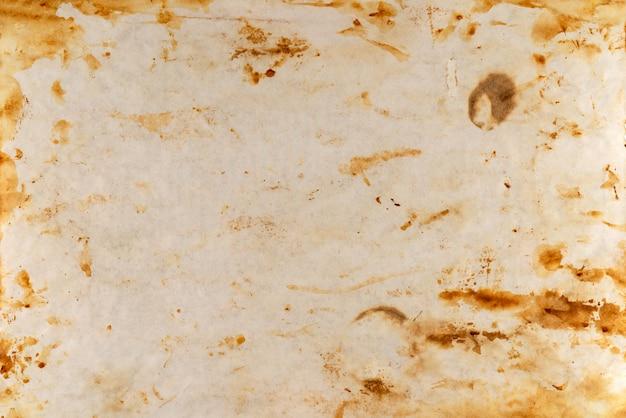 Ancienne feuille de papier brûlée
