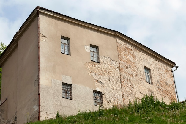 Ancienne forteresse, située à grodno, en biélorussie close up