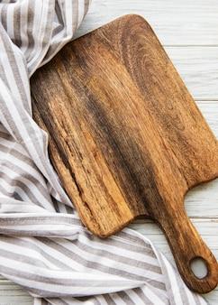 Ancienne planche à découper vintage