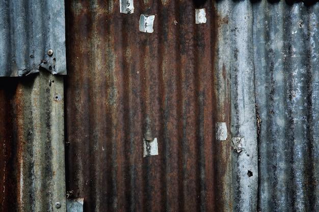 Ancienne texture de fond en zinc galvanisé rouillé