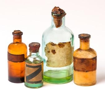 Les anciennes bouteilles de pharmacie