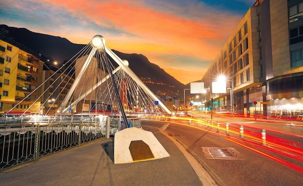 Andorra la vella pont de paris coucher de soleil valira