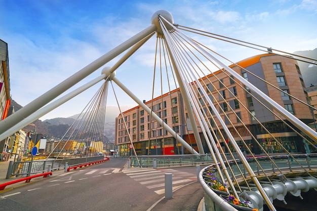 Andorra la vella pont parisien sur valira