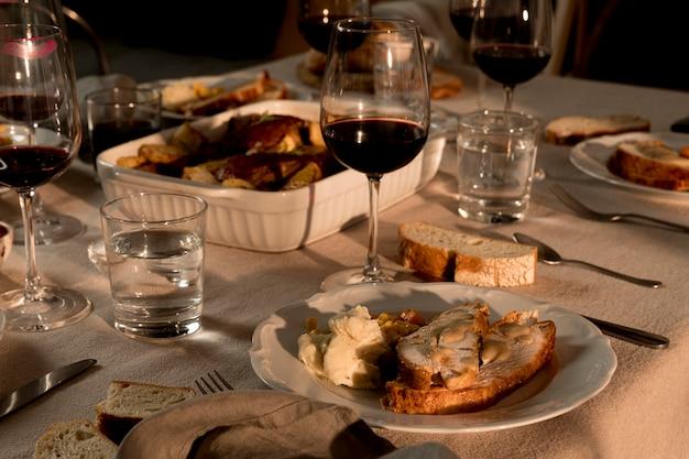 Angle élevé de délicieux repas de thanksgiving
