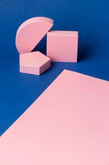 Angle élevé de figures géométriques
