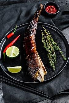 Anguille japonaise grillée avec sauce teriyaki, unagi