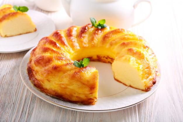 Anneau de cheesecake doux sans croûte