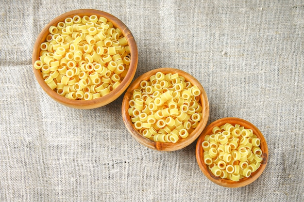 Anneaux de pâtes ditalini macaroni