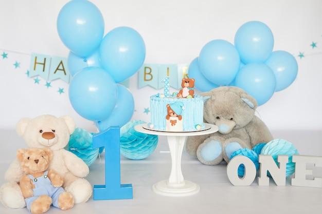 Anniversaire 1 année cake smash decor couleur bleu
