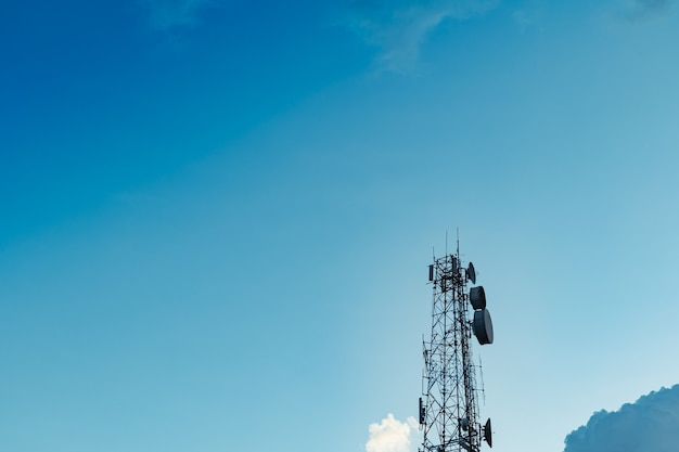 Des antennes plus hautes pour transmettre des données à différents endroits