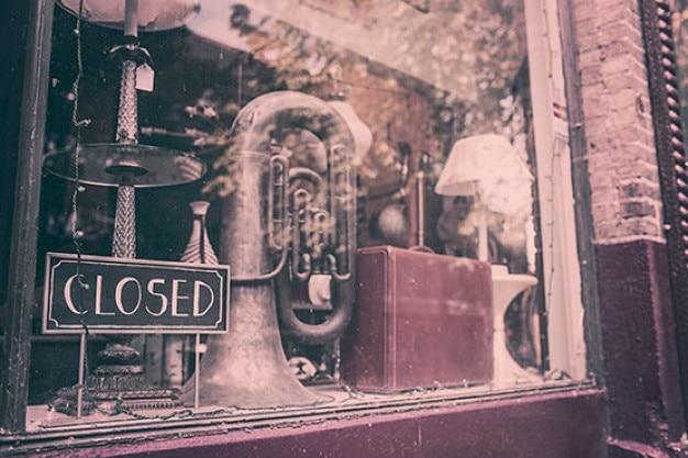 Antiquités fermé boutique