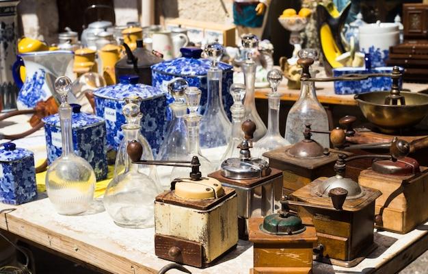 Antiquités sur le marché