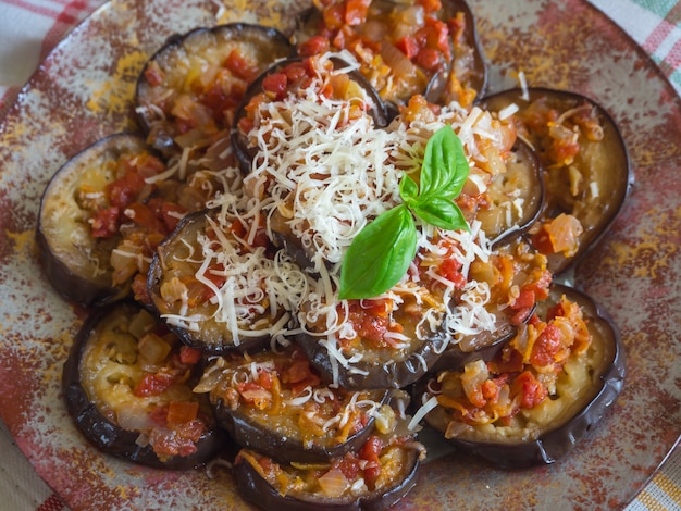 Apéritif aubergine. cuisine du caucase. vue de dessus.