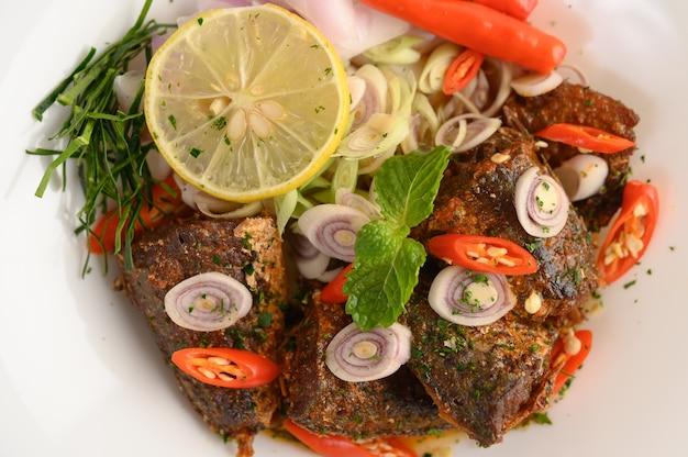 Apéritifs à la sardine épicée