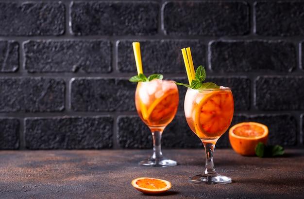 Aperol spritz, cocktail italien à l'orange