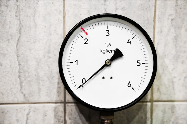Un appareil pour mesurer la pression de l'eau de gaz ou de vapeur manomètre manomètre haute pression