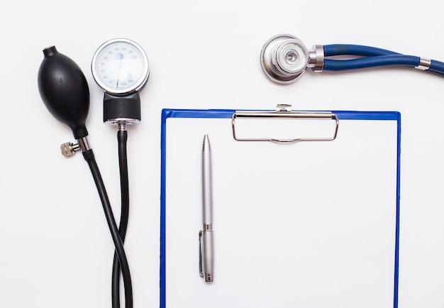 Appareil de soins aide la science de la santé et la santé