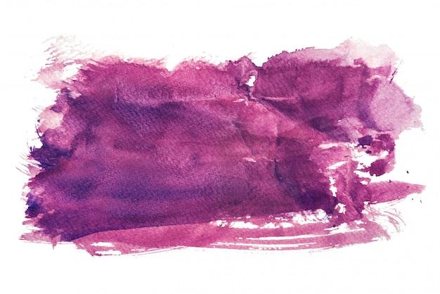 Aquarelle pourpre isolé sur fond blanc, peinture à la main sur papier froissé