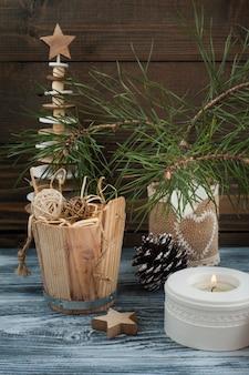 Arbre de noël en bois de style scandinave