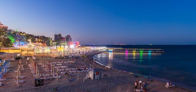 Arcadia beach à odessa la nuit