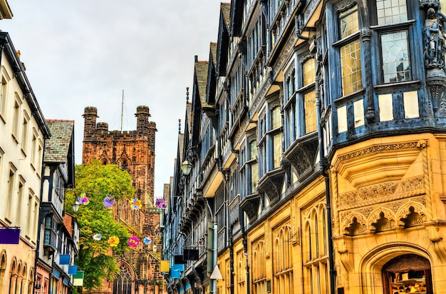 Architecture anglaise traditionnelle dans la vieille ville de chester, angleterre, royaume-uni