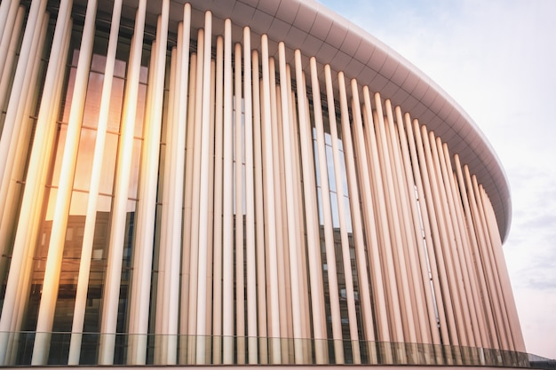 Architecture moderne dans le quartier de kirchberg à luxembourg-ville