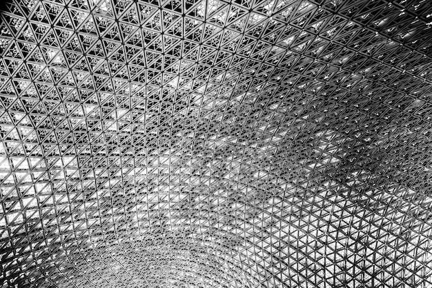L'architecture moderne est composée d'une structure en acier.
