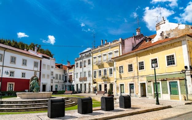 Architecture traditionnelle à alcobaça - région oeste du portugal