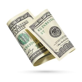 Argent, billet de cent dollars. billet de monnaie des états-unis isolé sur une surface blanche.