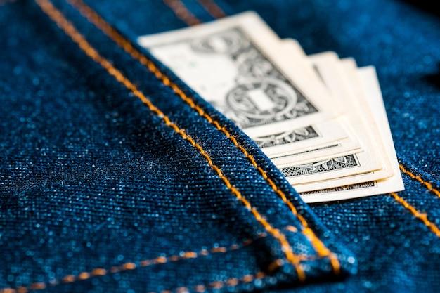 De l'argent dans la poche de ton jean