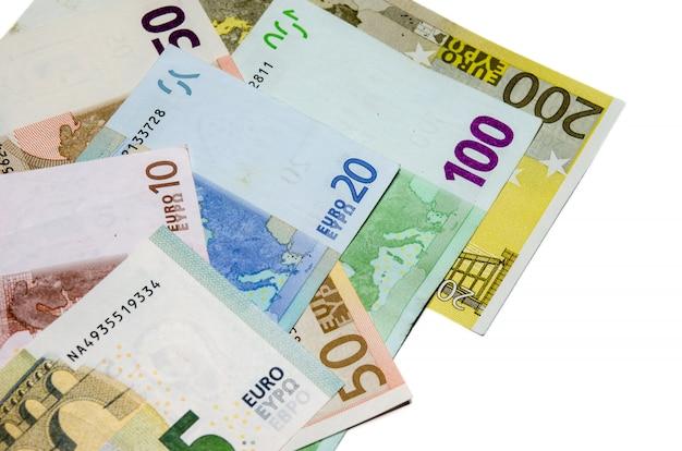 Argent euro sur blanc