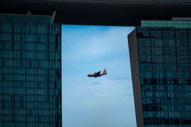 L'armée de l'air de la république de singapour (rsaf) est l'armée des forces armées de singapour