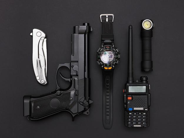 Armes et équipements militaires