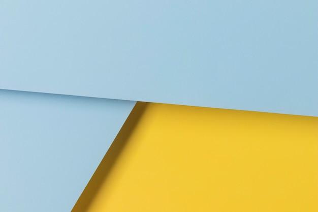 Armoires jaunes et bleues