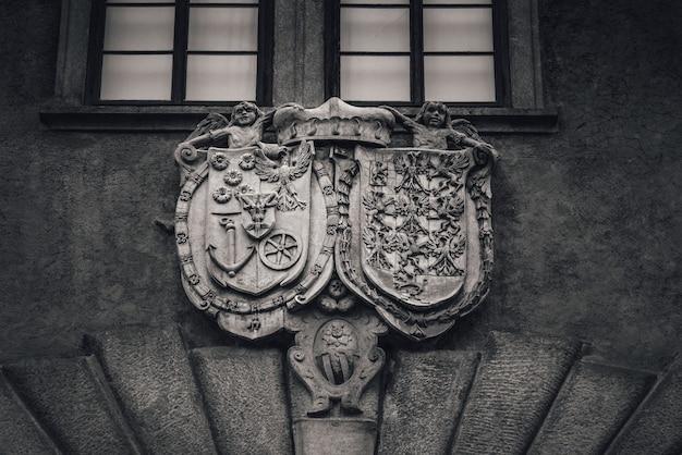 Armoiries de l'alliance eggenberg et braniborg. château de cesky krumlov, république tchèque
