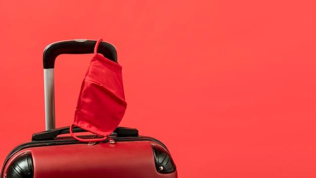 Arrangement avec bagages et copie-espace
