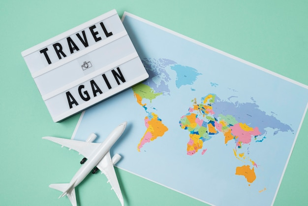 Arrangement de concept de voyage à nouveau