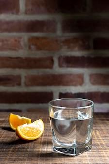 Arrangement avec une délicieuse boisson mezcal