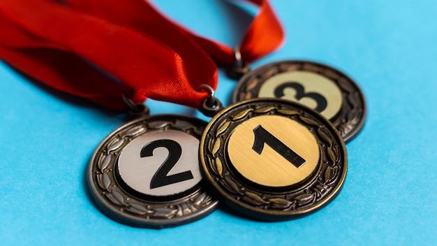 Arrangement de différentes médailles olympiques