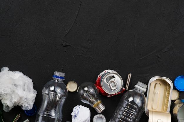 Arrangement de différents types de déchets
