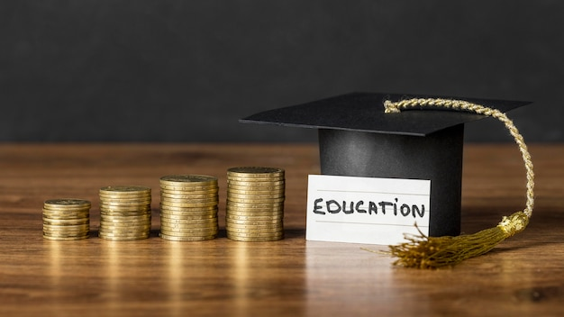 Arrangement du concept de croissance de l'éducation