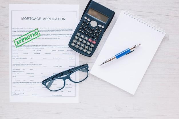 Arrangement de l'espace de travail de l'agent immobilier