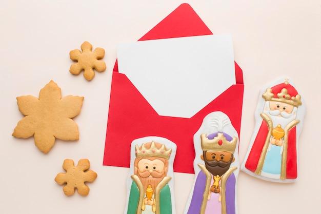 Arrangement de figurines comestibles en biscuit royalty